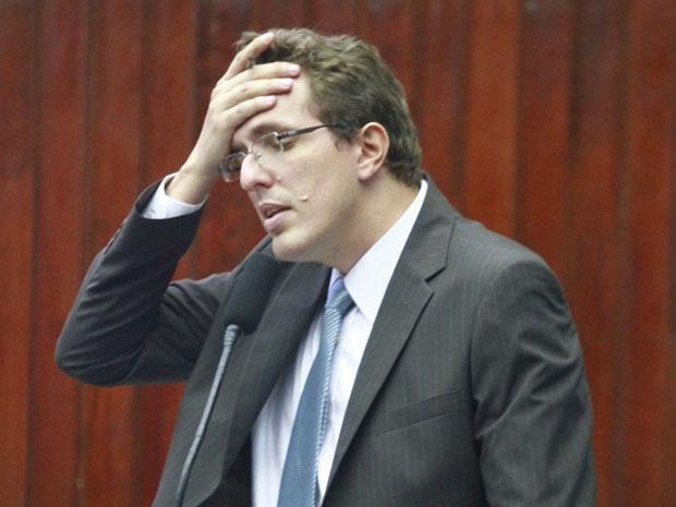 Nos bastidores é grande a boataria, repito, BOATOS apenas, de que o ex-secretário de Planejamento do Estado, Waldson Souza, teria se antecipado…