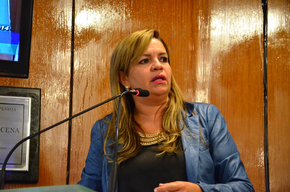 Raíssa Lacerda retorna à bancada de Cartaxo na CMJP
