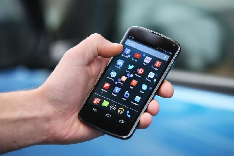 Brasil foi 5º país em ranking de uso diário de celulares no mundo