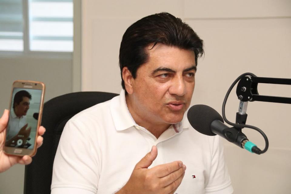 Ao tempo em que mantém na imprensa de JP uma pré-candidatura a prefeito, Manoel Jr. puxou um bloco de carnaval que arrastou Pedras de Fogo sob o título 'A volta do pavão'…