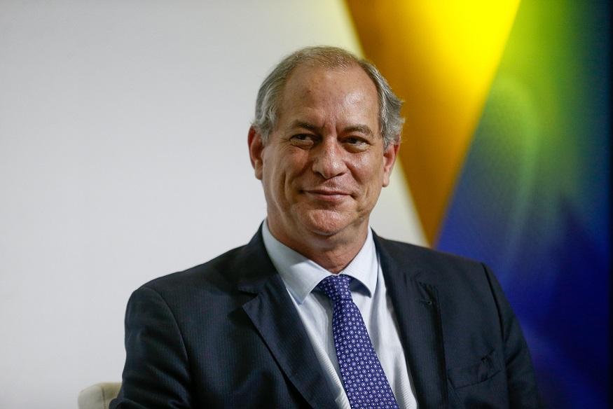 """Eu estou solto e Lula está preso, babaca"" (Ciro Gomes)"