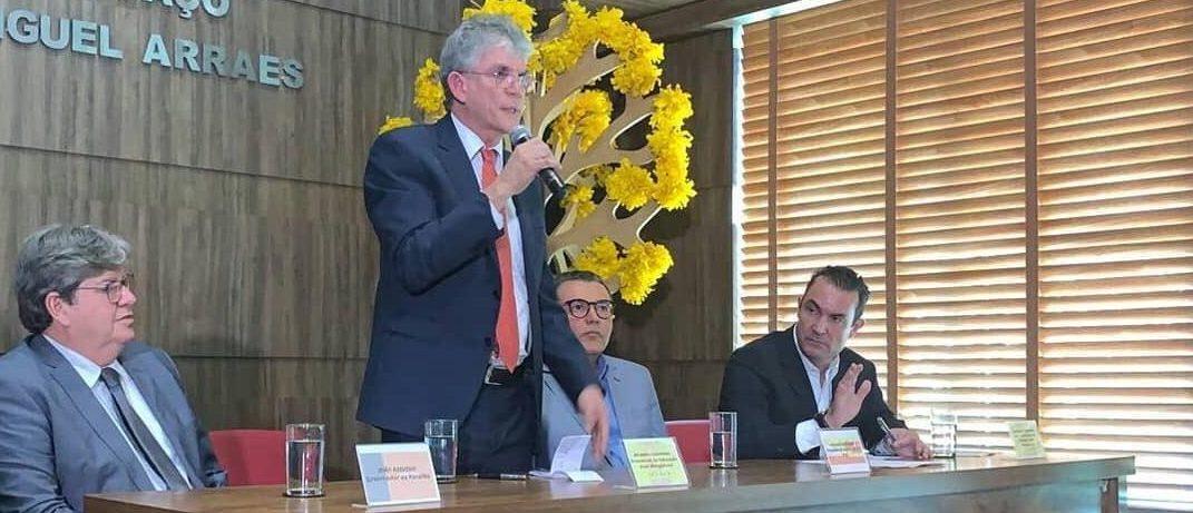 Ricardo Coutinho – Ex-governador tomou posse como presidente de fundação nacional do PSB
