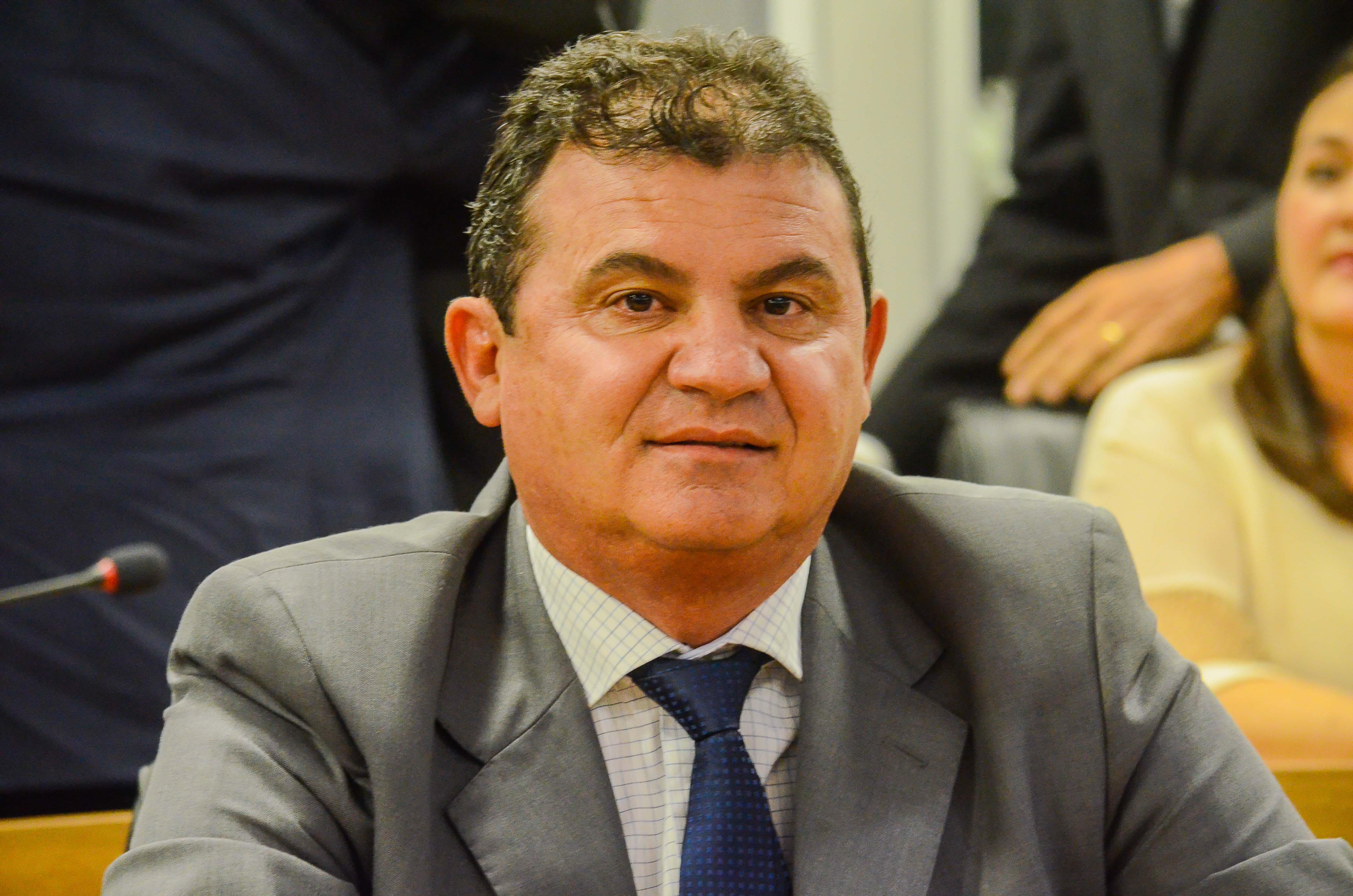 Doda de Tião nega possível saída da ALPB para assumir cargo no governo