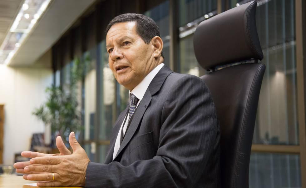 'De hoje não passa', diz Mourão sobre definição do caso Bebianno