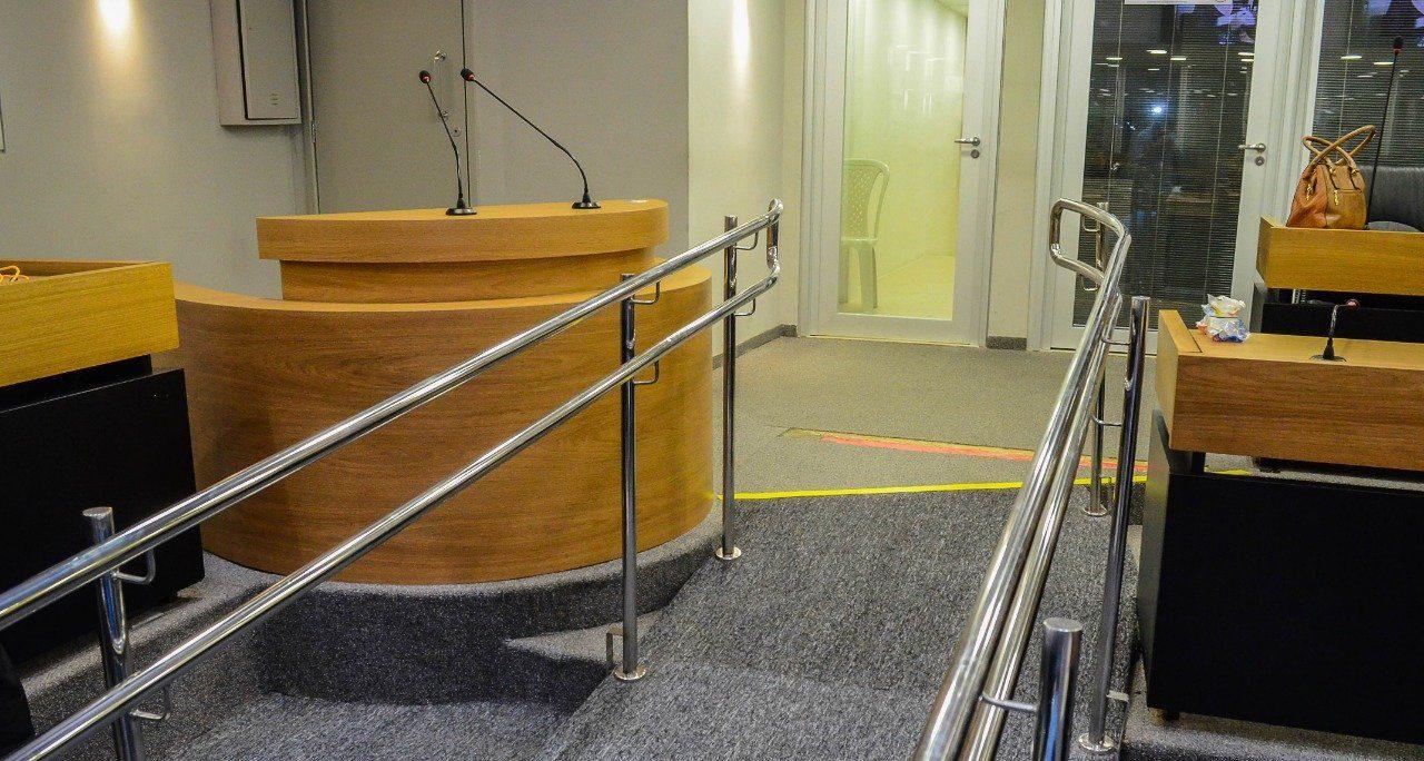 ALPB é a primeira do país a ter tribuna ajustável para pessoas com deficiência