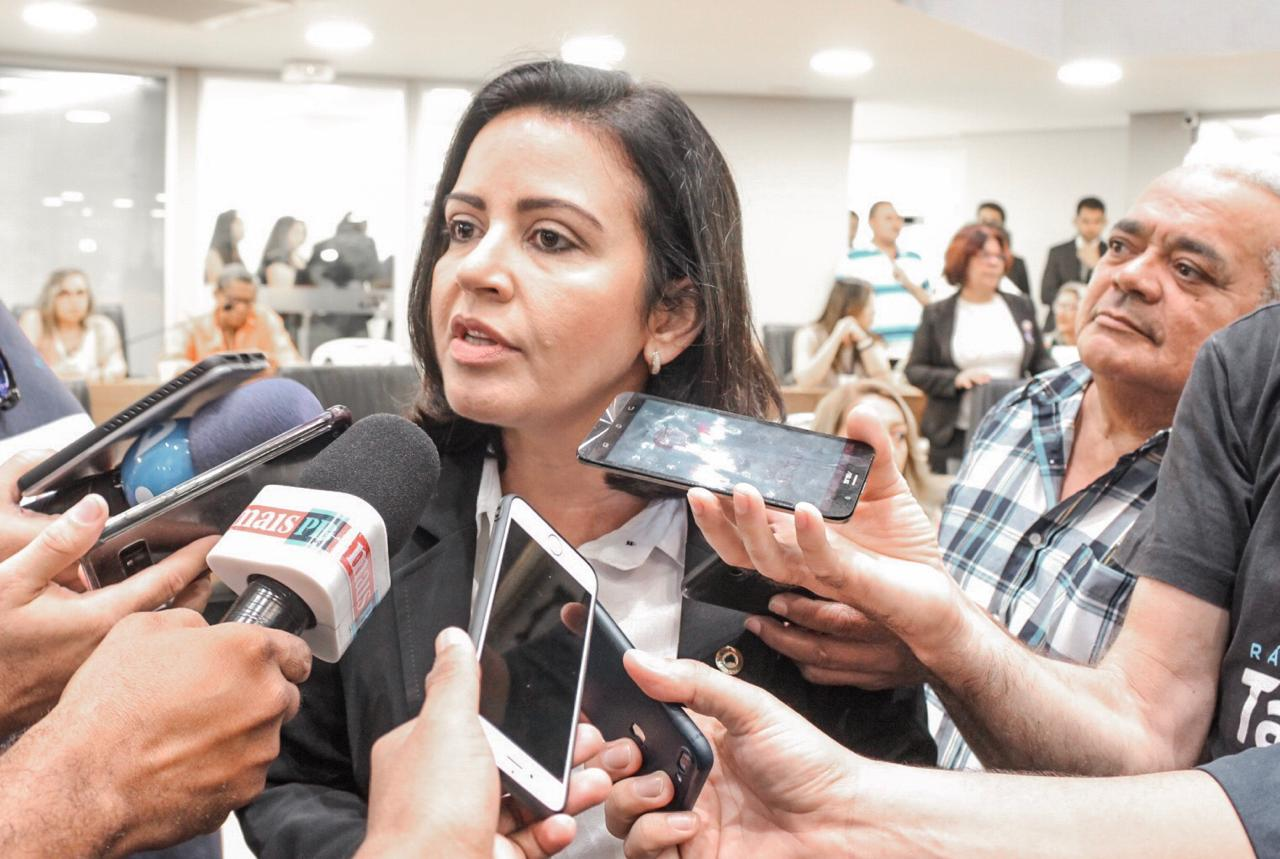 Executiva do PSB nega isolamento de Pollyana dentro da legenda