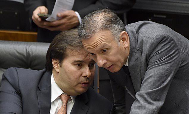 Rodrigo Maia diz preferir Aguinaldo como líder da Maioria do que como relator da Previdência