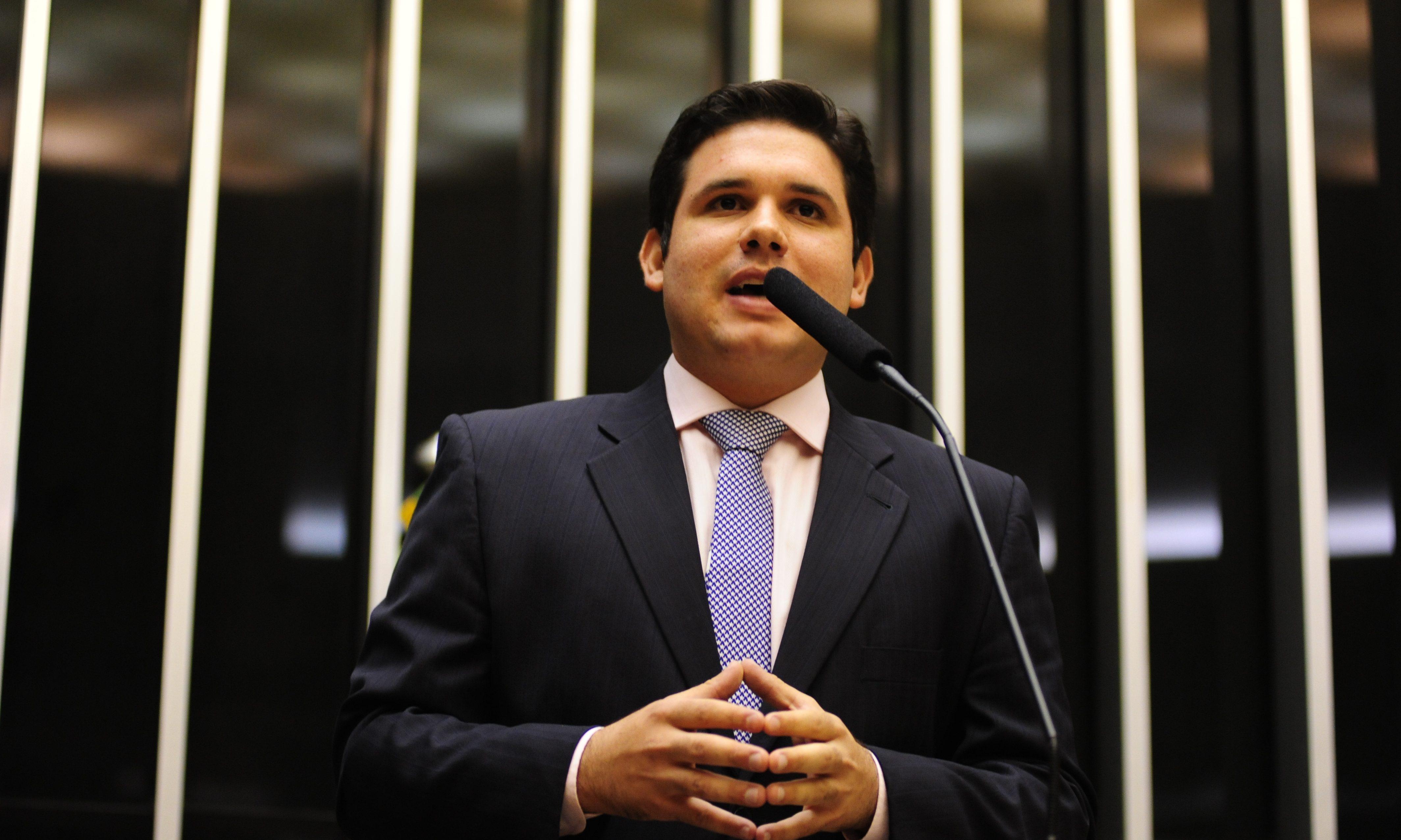 Hugo Motta é cotado para relatar proposta que restabelece cobrança de contribuição sindical