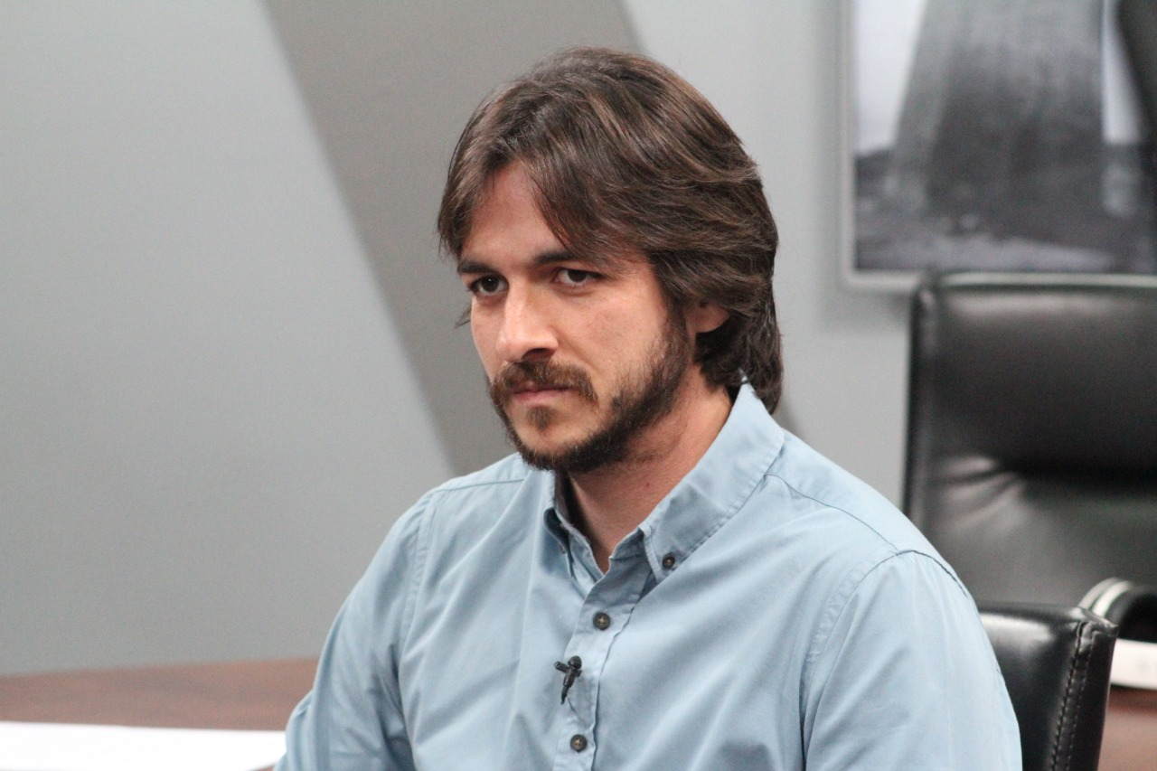 """Durante entrevista ao 360 Graus da rádio 100.5, o deputado federal Pedro Cunha Lima (PSDB) disse """"ter uma vontade imensa"""" de disputar a prefeitura de Campina Grande."""
