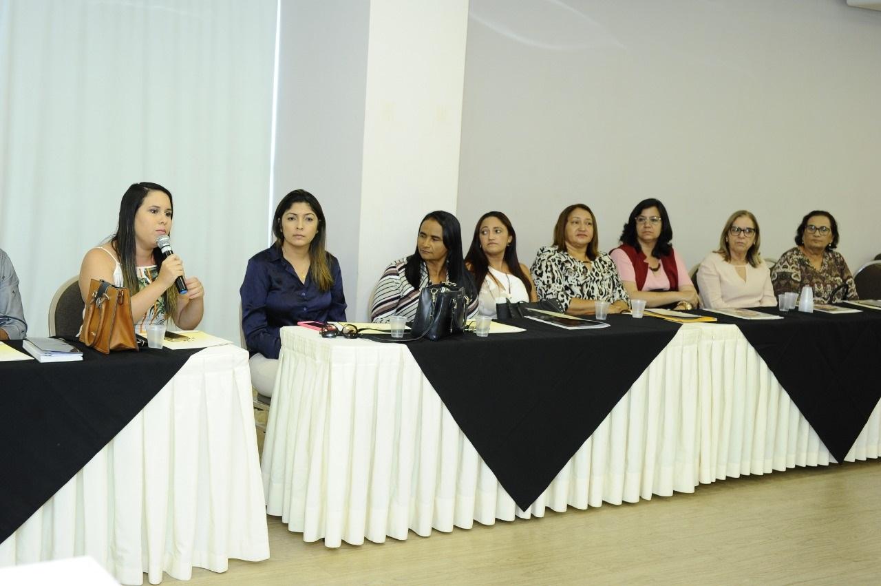 Prefeitas paraibanas se reúnem para discutir casos de feminicídio e debater políticas públicas