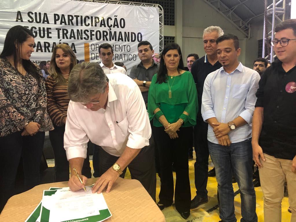 Empreender PB: João Azevêdo assina contratos de R$ 700 mil em audiências do ODE