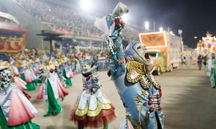 Fake: Mangueira vai falar mal de Jesus Cristo no Carnaval