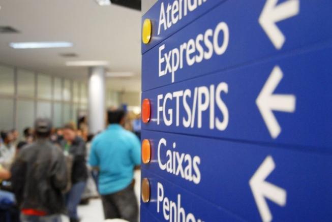 Governo deve liberar R$ 60 bi para saque do PIS-Pasep e FGTS