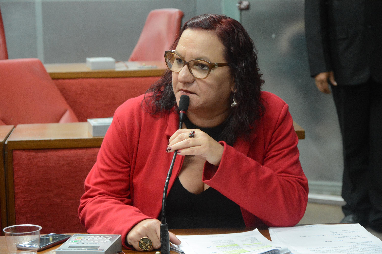 'São ingratos', diz Sandra Marrocos sobre renúncias de Leo Bezerra e Tibério Limeira