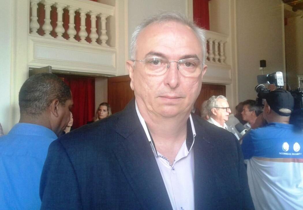 """Nonato diz que saída de secretários não coloca eleições no foco: """"Prioridade é salvar vidas"""""""