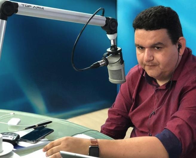 Podcast: Fabiano Gomes comenta barrigada da Veja e revela estratégia de Cartaxo