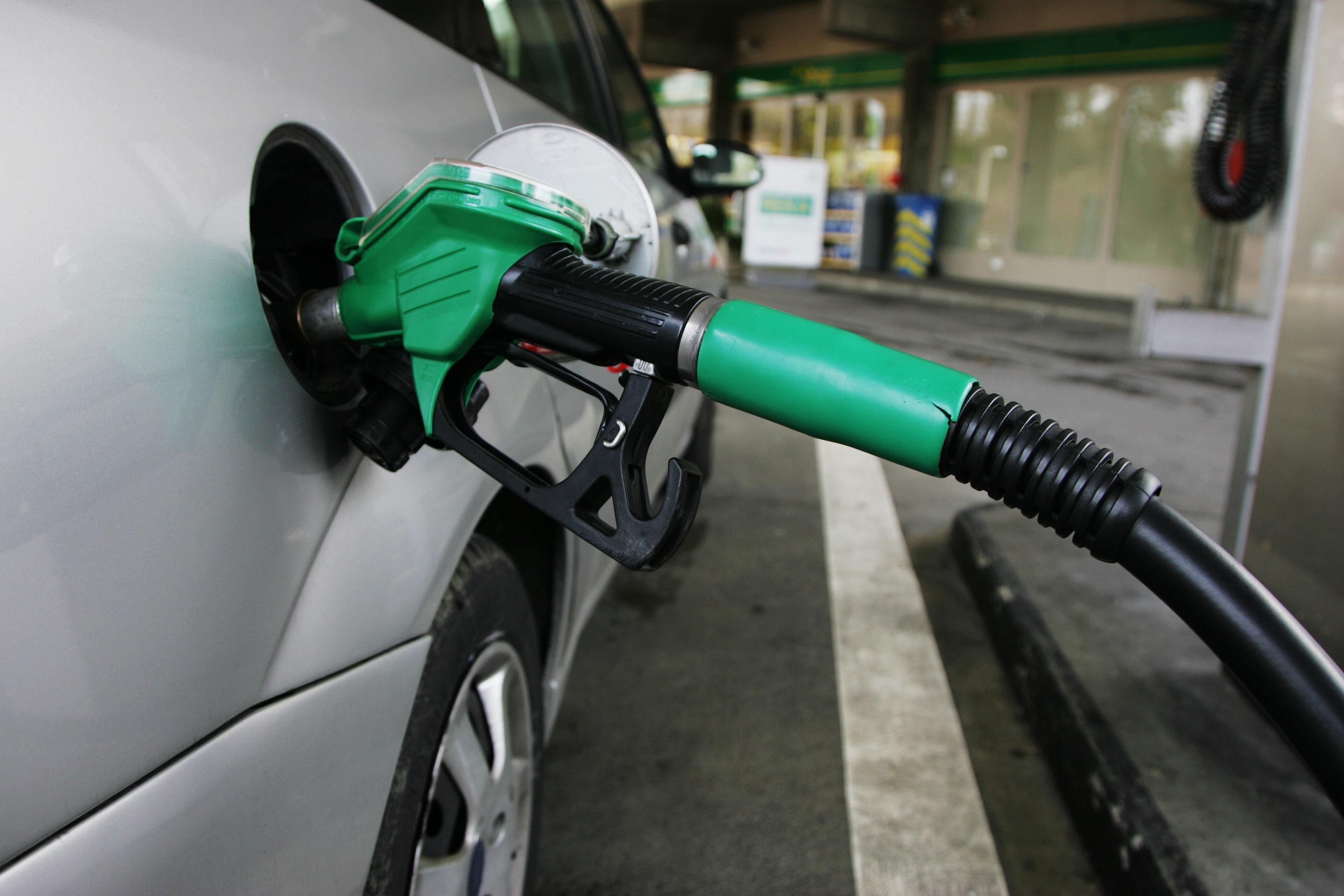 Gasolina e diesel sofrem novo aumento de preços nesta quarta-feira