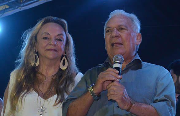 A deputada estadual Dra. Paula ganhou holofotes ontem ao pedir que os salários dos políticos sejam reduzidos…