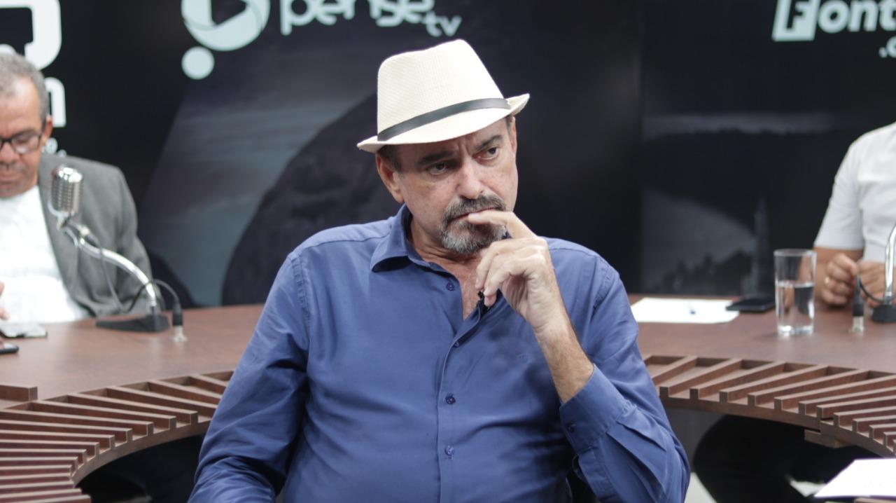 Jeová Campos tira licença e Trocolli Júnior assume cadeira na ALPB