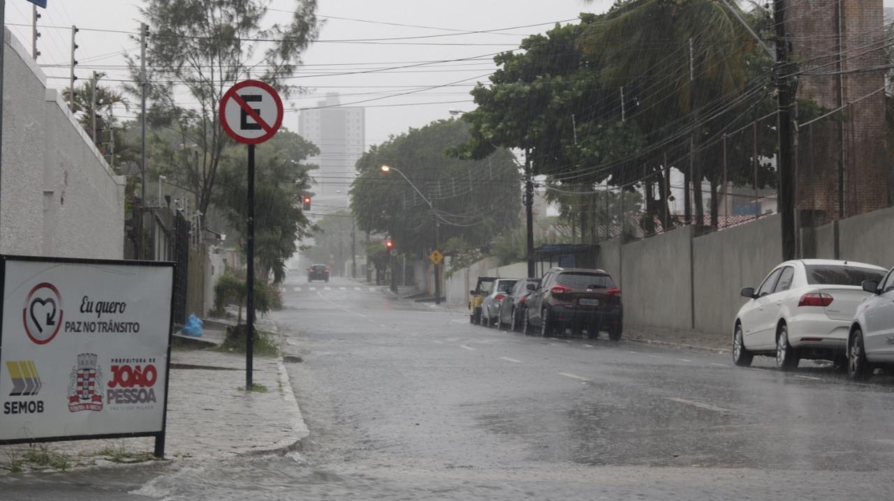 Em seis dias, chove o equivalente a 164% do esperado para todo o mês de junho em JP
