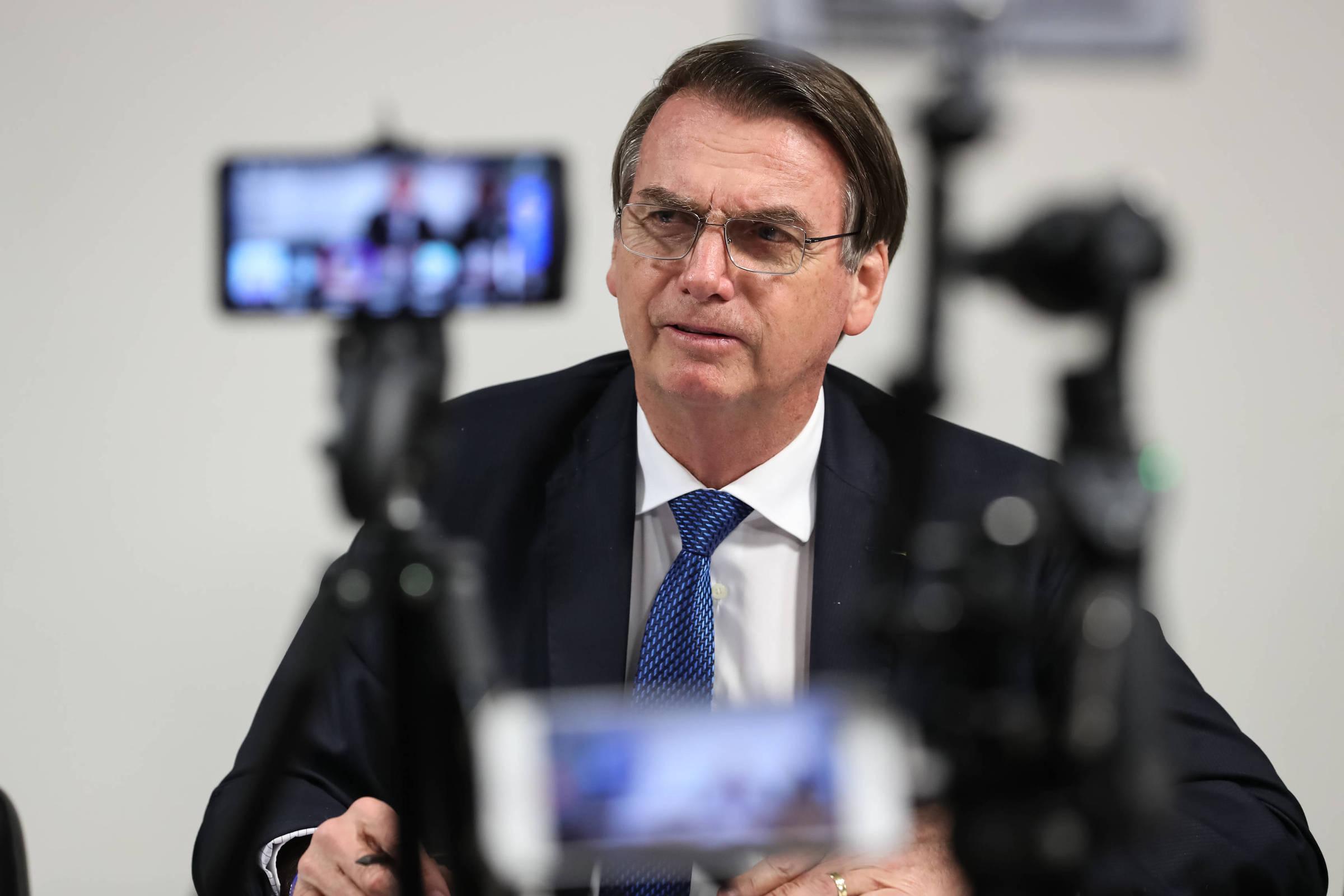 Quem havia sumido, e resolveu aparecer hoje, foi o Cocadinha de Sal. Irreverente como só ele, disse que adoraria um recuo a mais por parte do presidente Jair Bolsonaro….