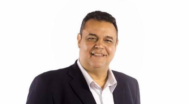 Com a saída do apresentador Sikera Junior dos quadros da TV Arapuan, o empresário João Grégorio deve dar uma solução caseira para substituir a sua estrela…