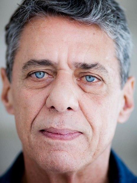 Neto de Chico Buarque fez versão de Águas de Março criticando políticos
