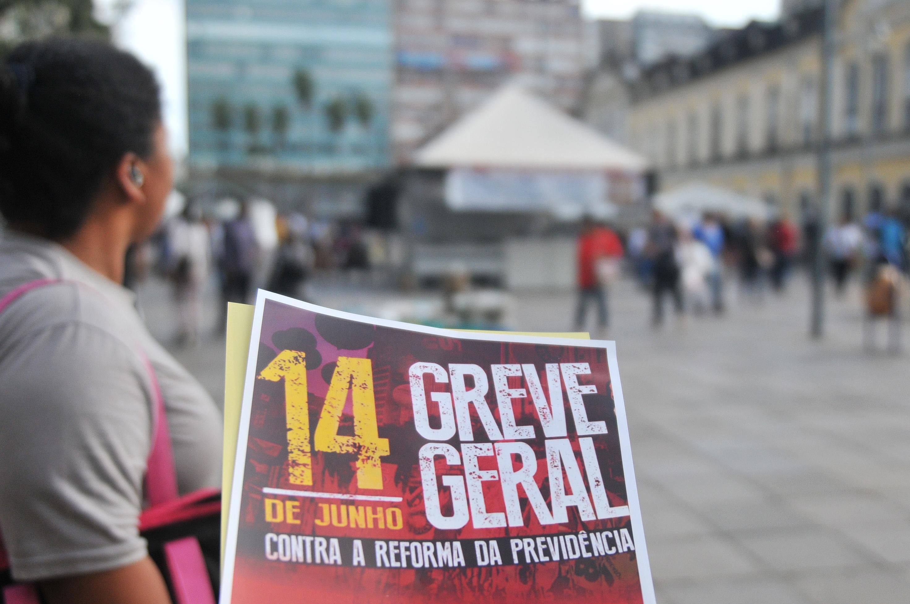 MEC proíbe greve geral convocada para próxima sexta-feira