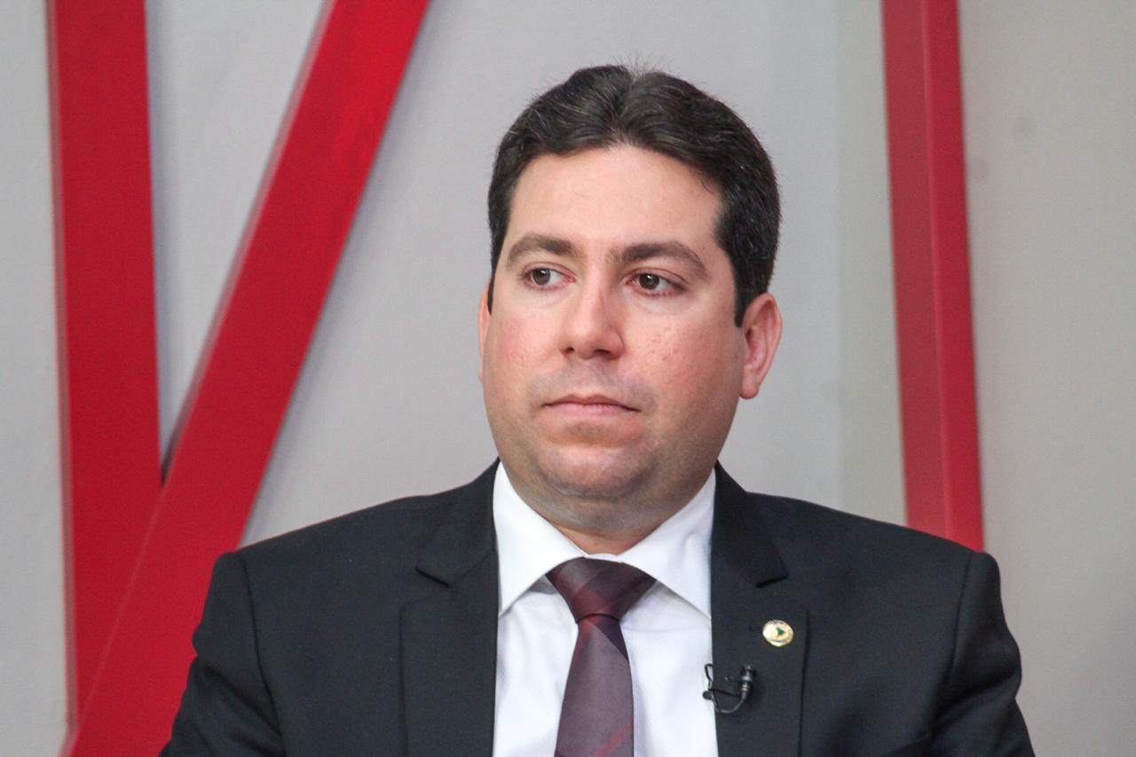 Deputado denuncia descumprimento da Energisa a liminar que impede corte no fornecimento
