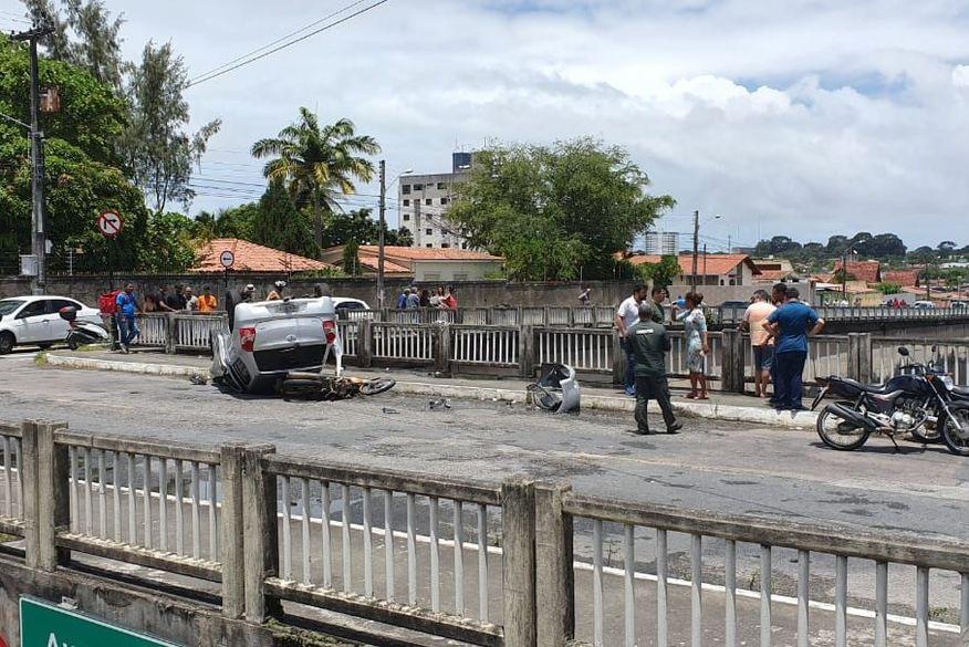 Motociclista morre após ser jogado de viaduto e cair na BR-230, em JP