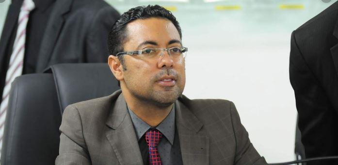 Jefferson Kita diz que Berg Lima deixou rombo de R$ 11 milhões na folha de pessoal
