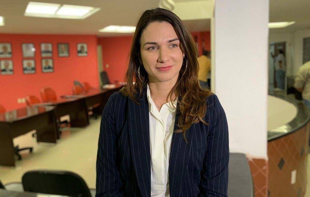 Só quando quer: a presidente da federação paraibana de Futebol, Michelle Ramalho, pegou uma doença rara: a 'amnésia chechovite' – uma amnésia que só ataca na hora de pagar as contas da Federação.