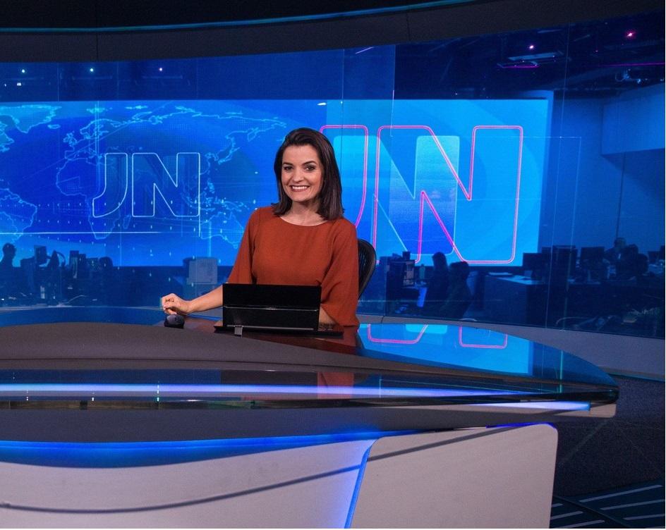 Larissa Pereira entra para o rodízio fixo do Jornal Nacional