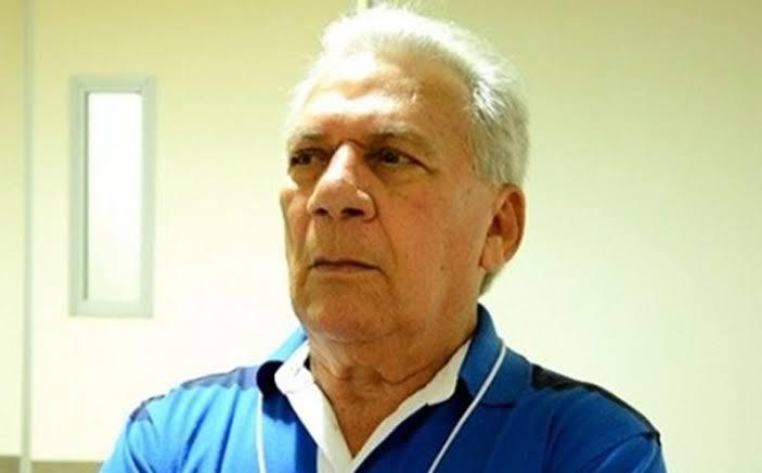 Prefeito de Cajazeiras 'pendura' 80% da imprensa com recursos públicos para atacar a honra dos adversários