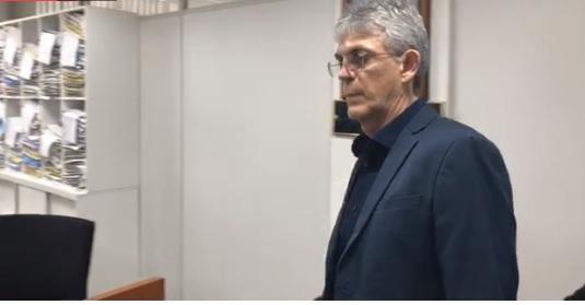 Ricardo Coutinho acusa Daniel Gomes de ter atuado como 'espião' no seu governo