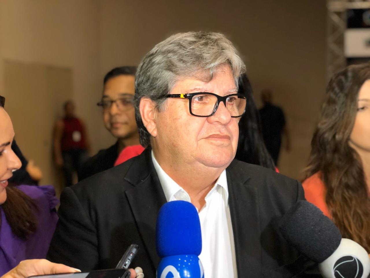 João Azevêdo anuncia medidas econômicas e sociais com impacto de R$ 145,5 milhões