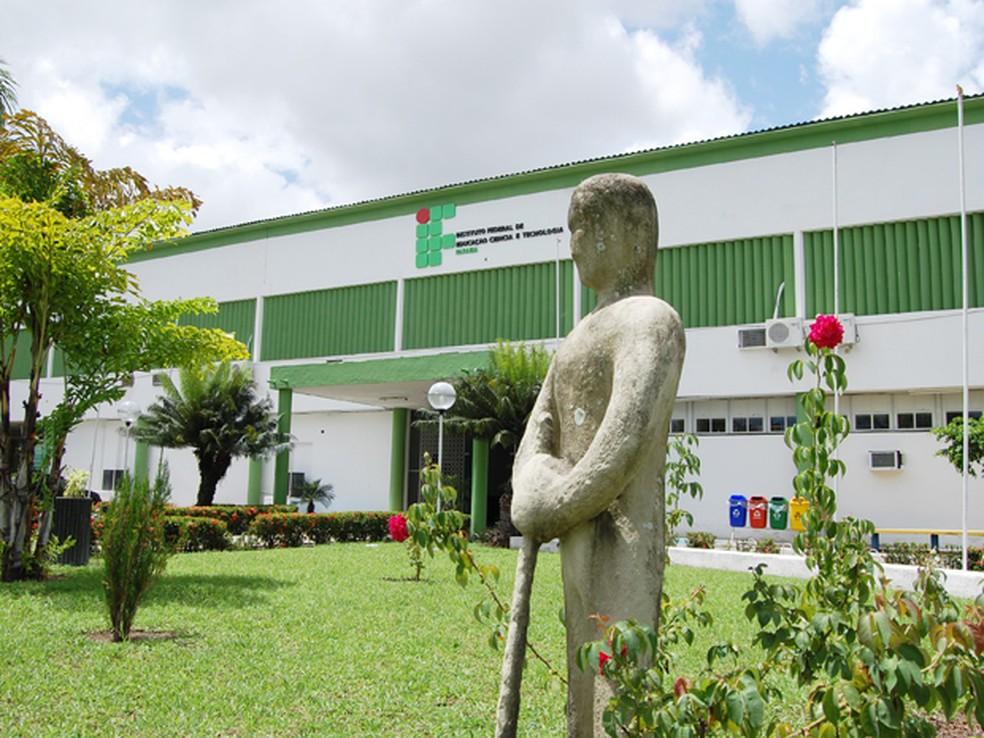 Prorrogadas inscrições para vagas gratuitas em cursos superiores no IFPB