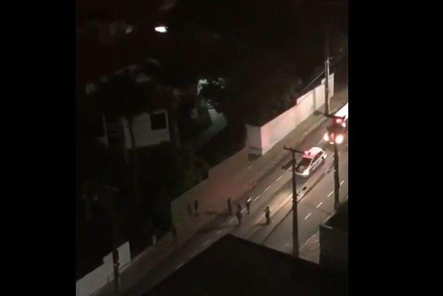 Banda da PM toca louvores pelas ruas de Campina Grande na quarentena do coronavírus