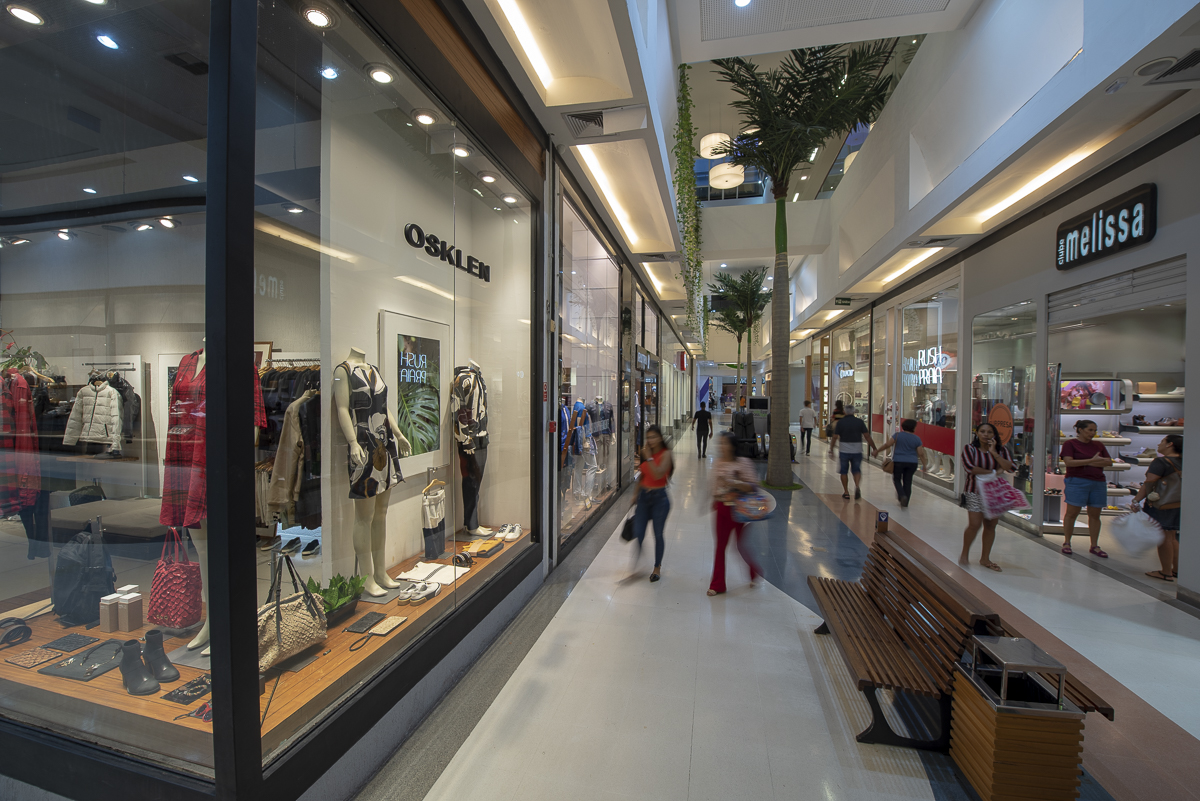 Varejo e shoppings retornam atividades em JP nesta segunda