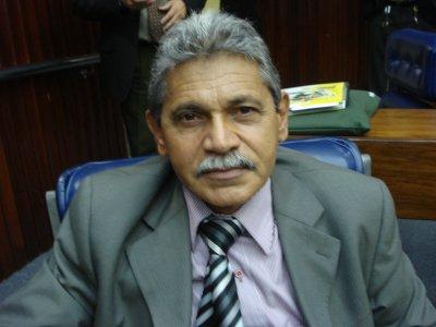 Ex-deputado é internado na UTI por complicações após cirurgia