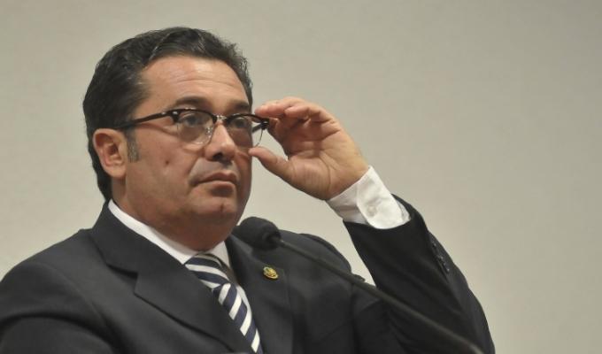 Sérgio Cabral delata Vitalzinho e mais dois ministros do TCU por terem recebido mensalão