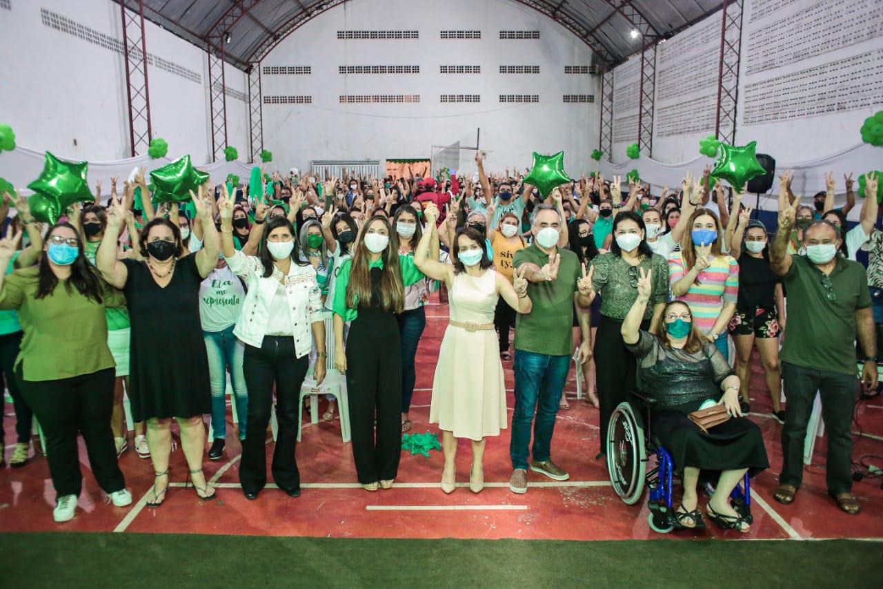Ao lado de Lígia e Mariana, Edilma Freire defende políticas públicas para as mulheres