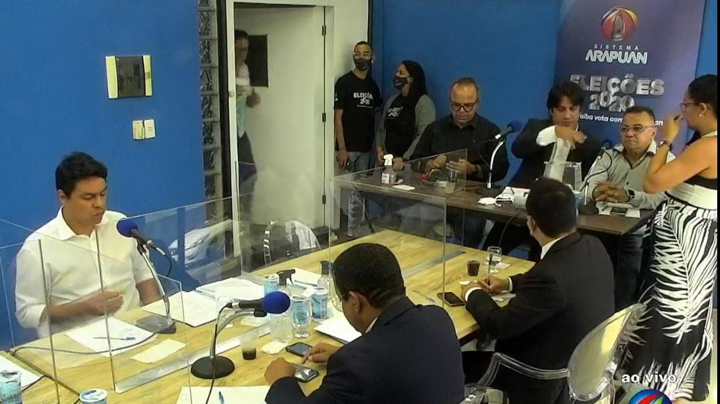Troca de farpas e insultos entre candidatos fazem temperatura subir no 1° debate no rádio