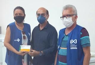 Prefeitura de Lucena inicia vacinação contra covid-19 e garante imunização a profissionais de saúde