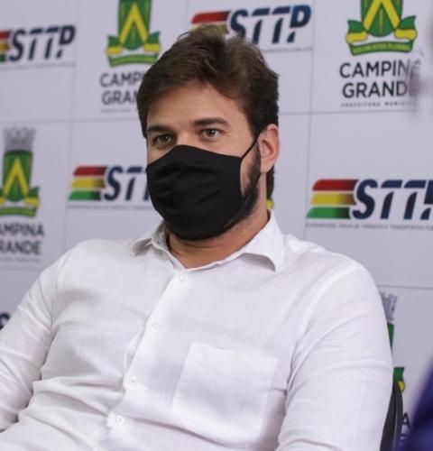 Bruno anuncia convocação de profissionais da saúde aprovados em concurso público