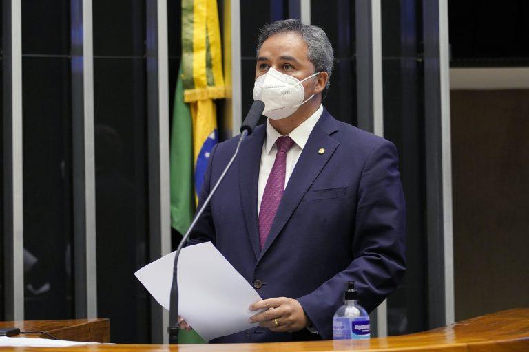 Proposta de Efraim modifica regras de discussão e votação para agilizar sessões na Câmara Federal