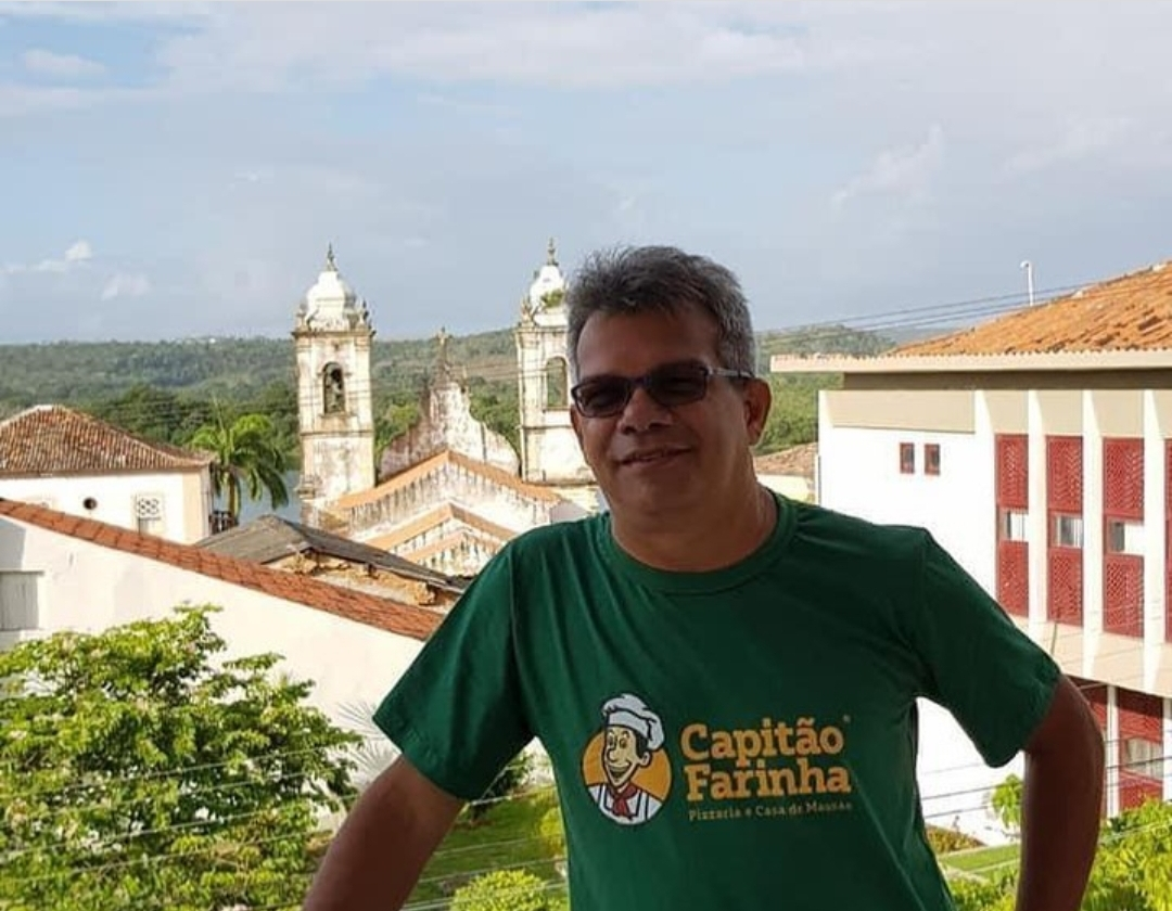 Quem era Eduardo Carneiro