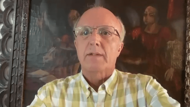 Secretário critica postura de Bolsonaro e pede que população mantenha uso de máscaras