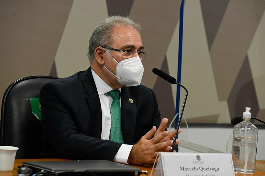 Marcelo Queiroga admite que governo não contratou quantidade de vacinas anunciada