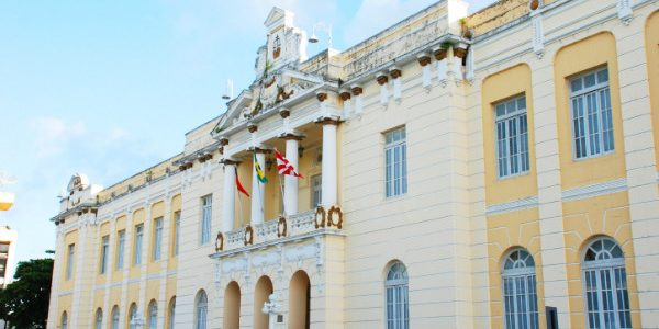 Juiz libera Bradesco para cobrar empréstimos consignados de servidores do Estado